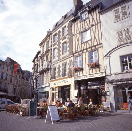 フランス ポワティエ街並-写真素材  フランス ポワティエ街並 画像ID 1319105  フラ