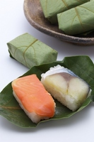 Persimmon leaf of sushi Persimmon