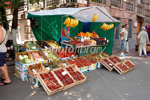ウクライナ キエフ 野菜と果実の...