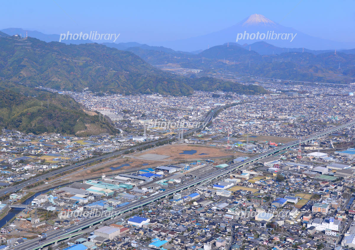 静岡市清水区市街地と富士山空撮 写真素材 [ 2885255 ] - フォトライブ ...