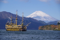 Lake Ashi pirate ship and Mount Fuji Stock photo [2891954] ASHI-Lake