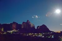 メテオラ夜景