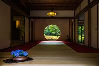 Window of Kamakura Meigetsuin enlightenment Stock photo [4048859] Kamakura
