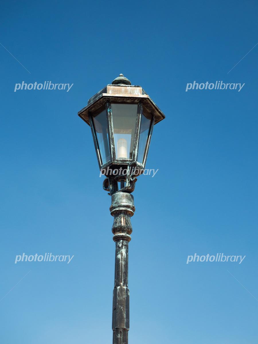 ガス灯型の街灯 写真素材 5283315 フォトライブラリー Photolibrary