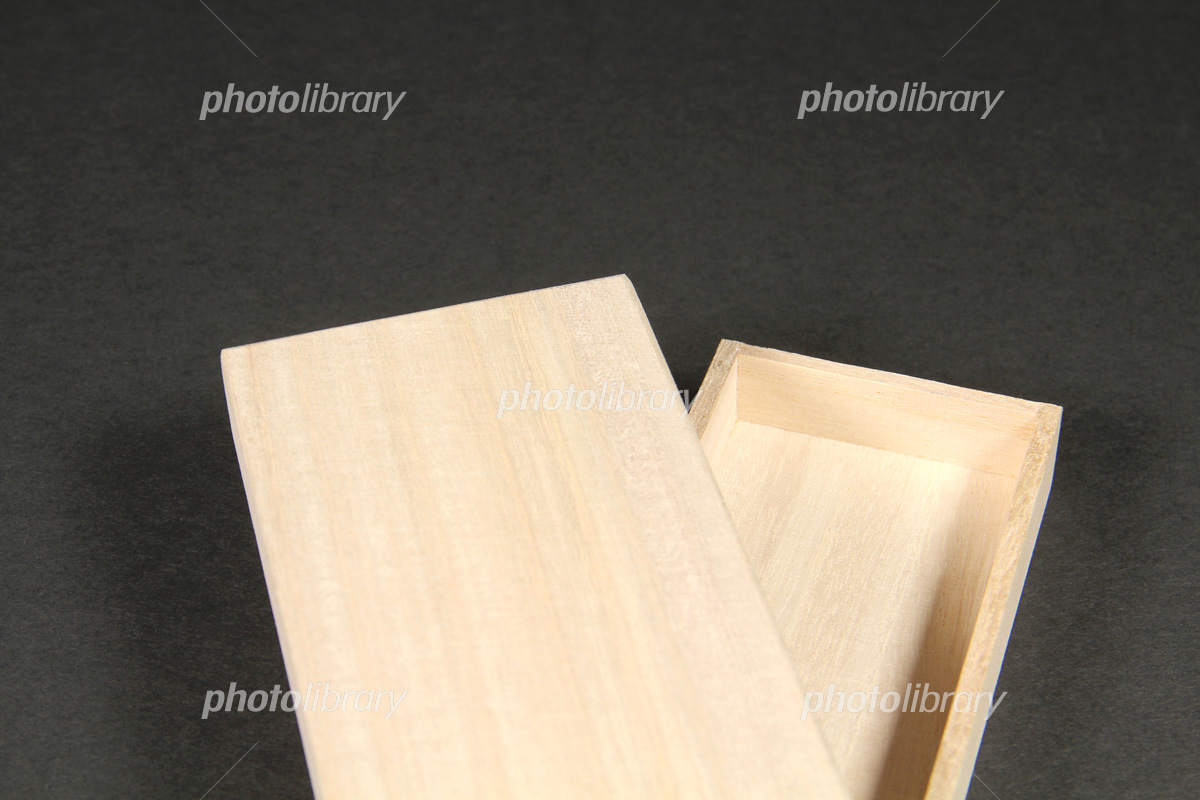 Paulownia box Photo