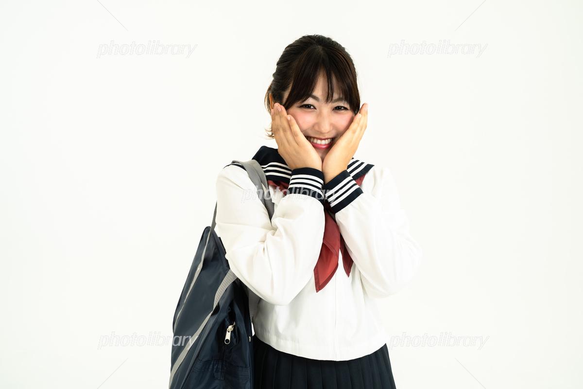 女子高生セーラー服高画質 ボード「半藏森林」のピン