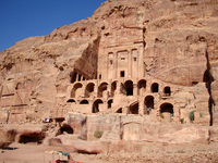Tomb of Petra aan Stock photo [620763] Jordan