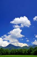 Summer clouds floating in the ridge line Stock photo [946348] Yatsugatake