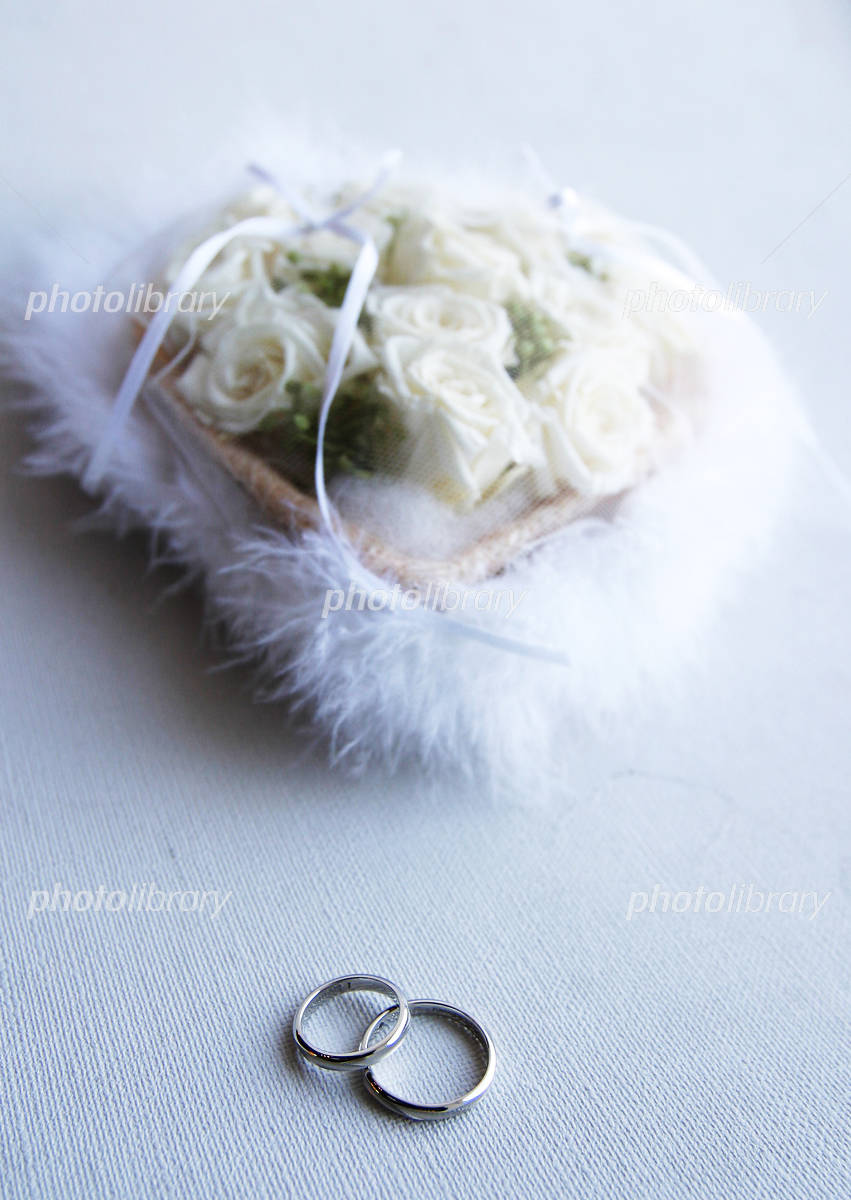 Ring and ring pillow Photo