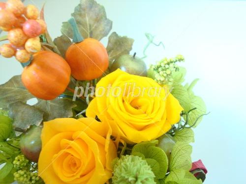 Halloween arrangement Photo