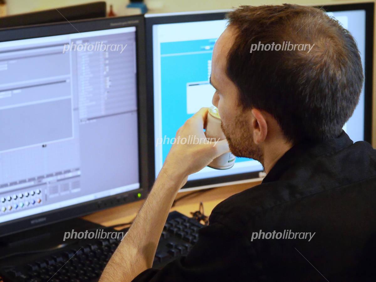 Men at work Photo