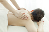 Esthetician to massage the back Stock photo [2643667] Este