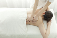 Esthetician to massage the back Stock photo [2643706] Este