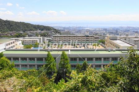 渦が森小学校と神戸の景色の写真素材