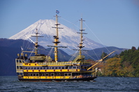 Ashi pirate ship of Hakone and Mount Fuji Stock photo [2892899] Hakone