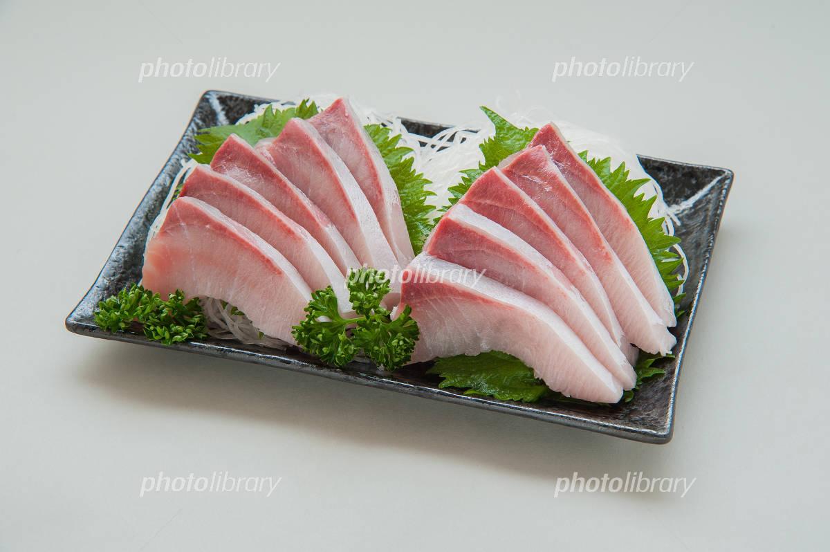 Yellowtail sashimi Photo