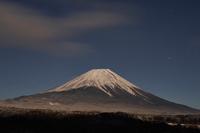 イラスト Mt. Fuji that I wish for from the morning fog highland(5112260)