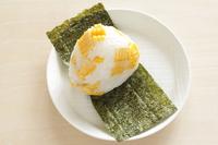 写真 Sweet corn rice ball(5113592)