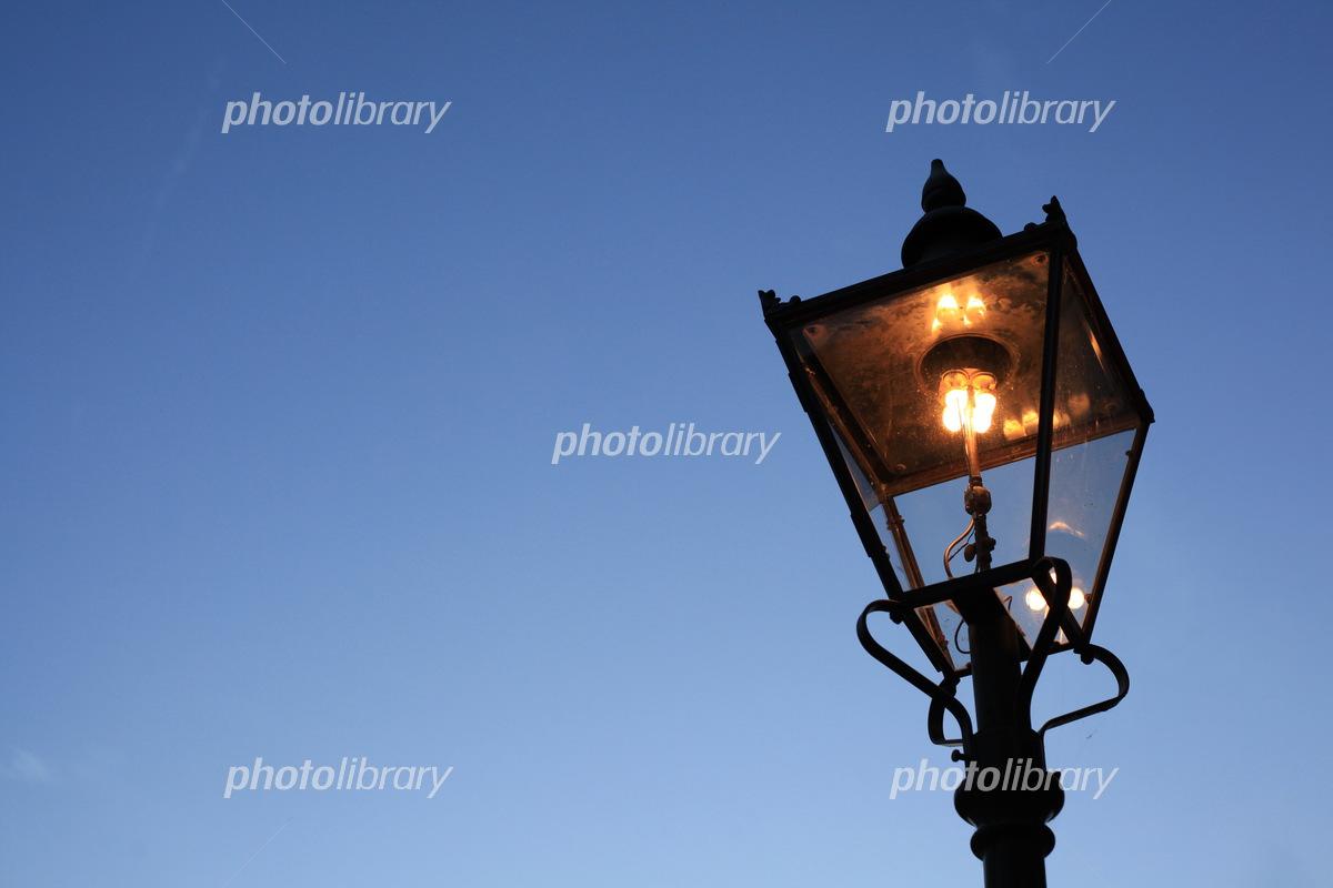 金沢市ひがし茶屋街のガス灯 写真素材 5292994 フォトライブラリー