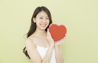 写真 A woman with a heart(5471588)