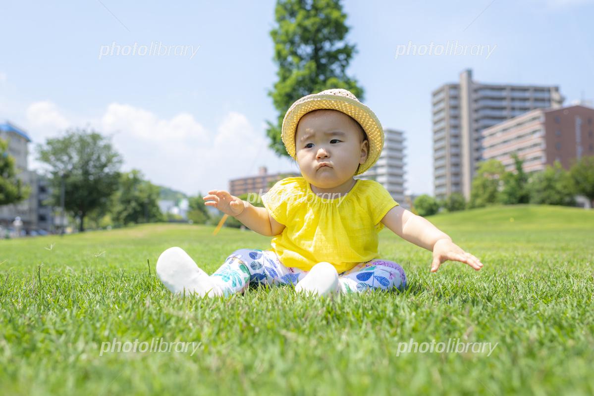 公園で遊ぶ子供 写真素材 [ 5648097 ] - フォトライブラリー photolibrary