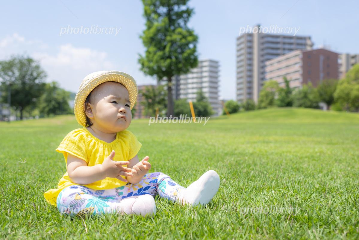 公園で遊ぶ子供 写真素材 [ 5648104 ] - フォトライブラリー photolibrary