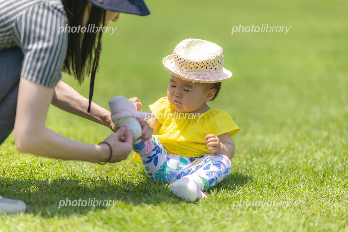 公園で遊ぶ子供 写真素材 [ 5648111 ] - フォトライブラリー photolibrary