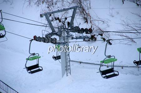 スキー場のリフト 写真素材 221071 フォトライブラリー Photolibrary