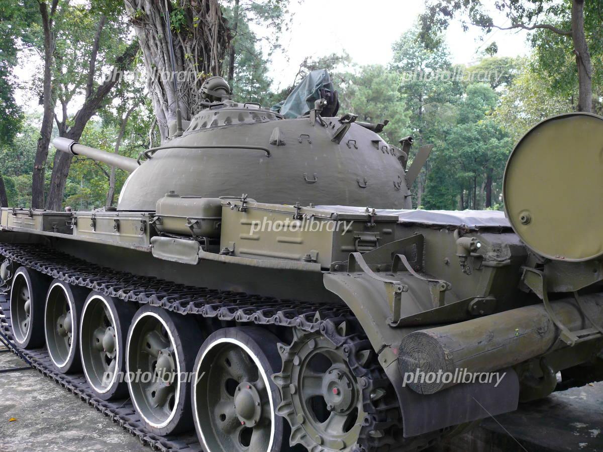 写真素材・ベトナム軍戦車