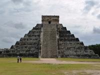 El Castillo in Chichen Ittsu~a of Mexico Stock photo [1368026] Chichen