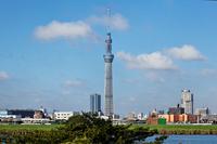 I face the Tokyo Sky Tree and skyscrapers than Arakawa of Kawahara the blue sky spread Stock photo [1567127] Landscape
