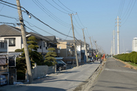 Utility pole Urayasu, Chiba Prefecture tilting in liquefaction Stock photo [1838916] Great