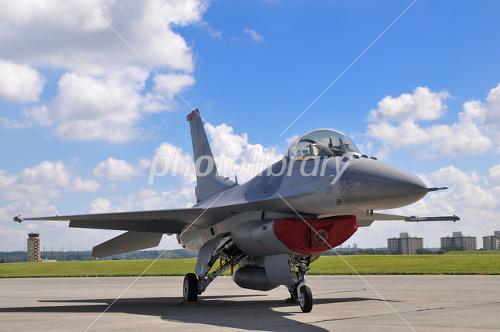 F 16 (戦闘機)の画像 p1_5
