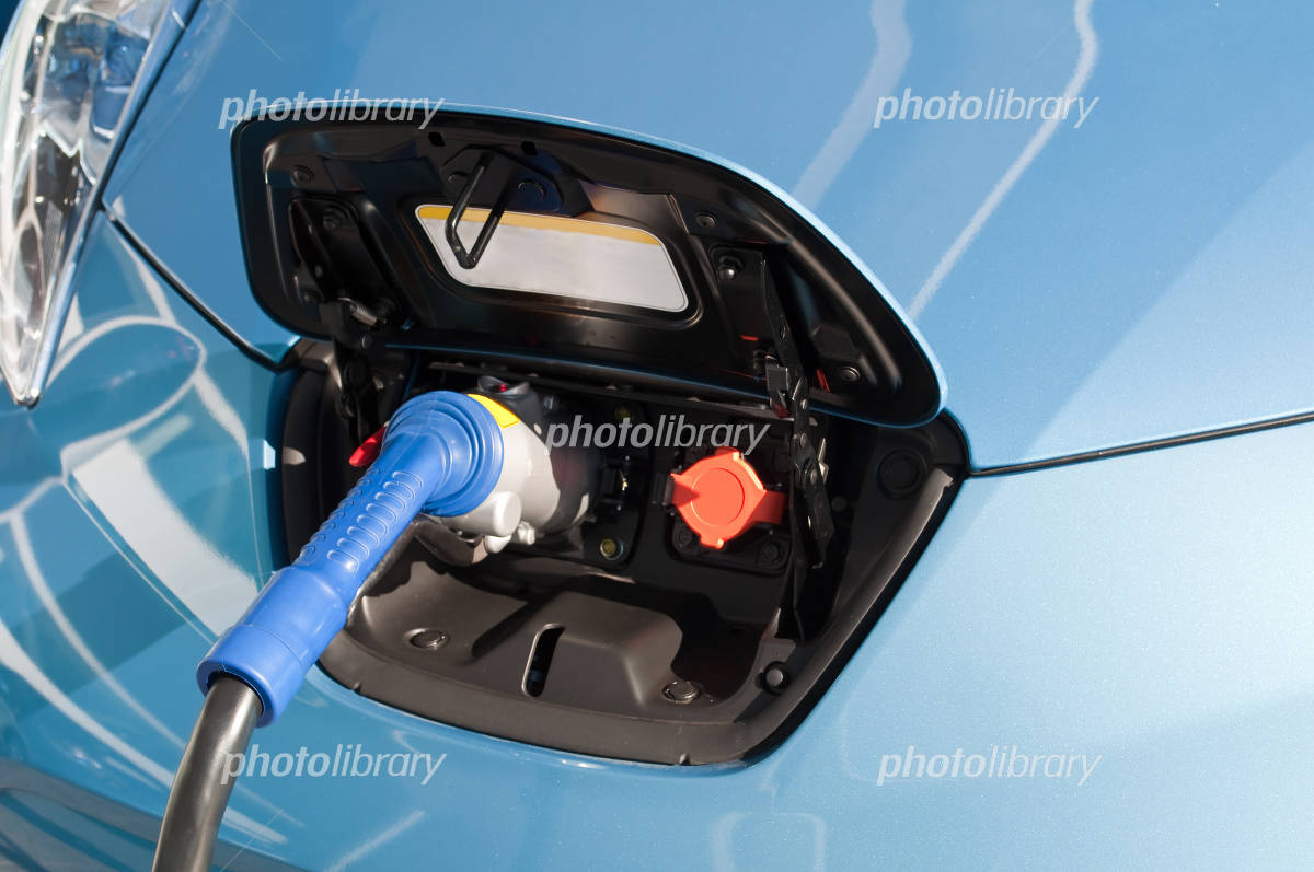 Electric vehicle charging Photo