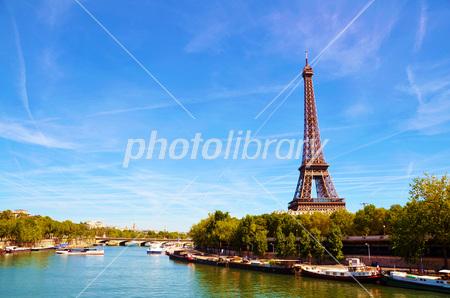 Eiffel Tower from France Paris Pont de Bir-Hakeim Photo