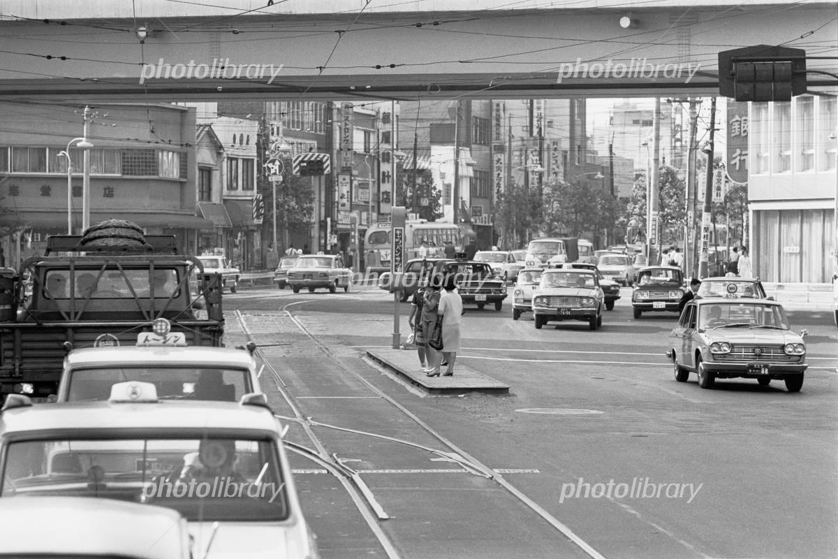 都電 停留所 六本木交差点 1968年 写真素材 [ 3273202 ] - フォト ...