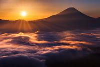 Sea of clouds and Mount Fuji New