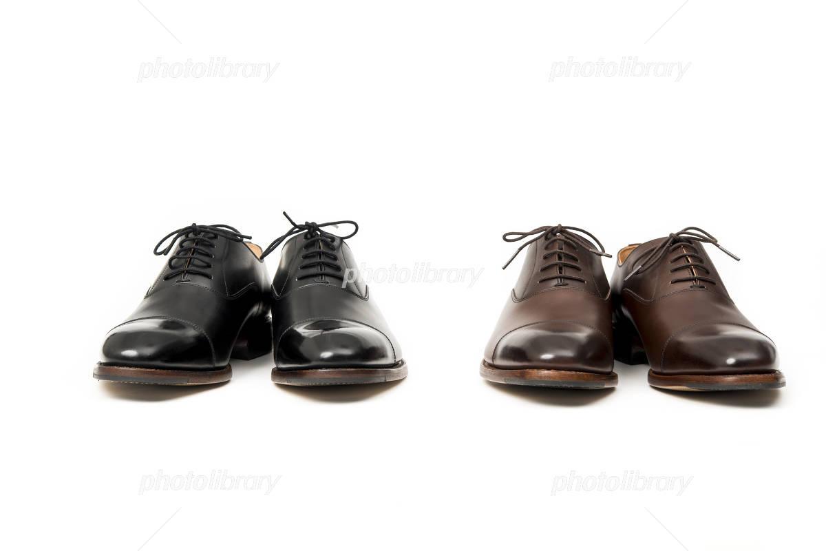 男性用の黒と茶色の革靴 正面 写真素材 [ 4065596 ] , フォト