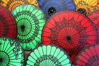 ミャンマーの伝統的な傘