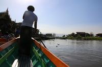 ミャンマーのインレー湖のボートクルーズ
