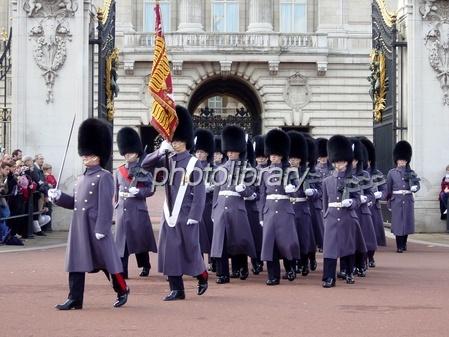 バッキンガム 宮殿 衛兵