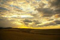 鳥取砂丘の夕景