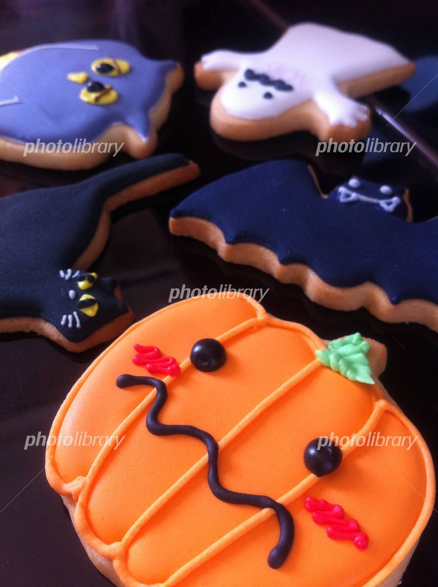 Icing cookies Halloween Photo