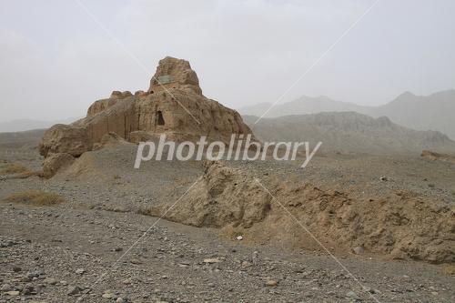 クチャの<b>スバシ故城</b>の仏塔 - 写真素材 ID:1975968