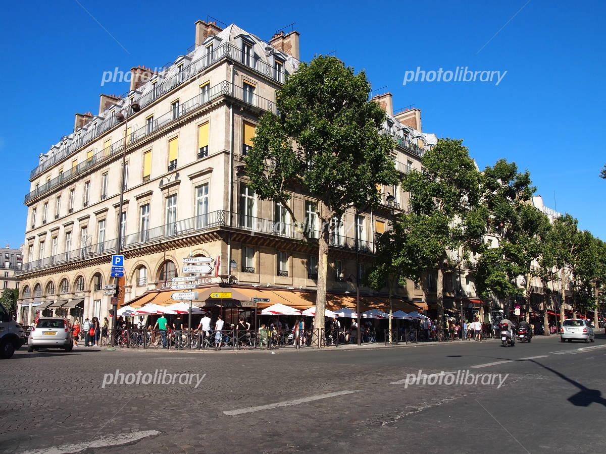 Paris street corner Photo