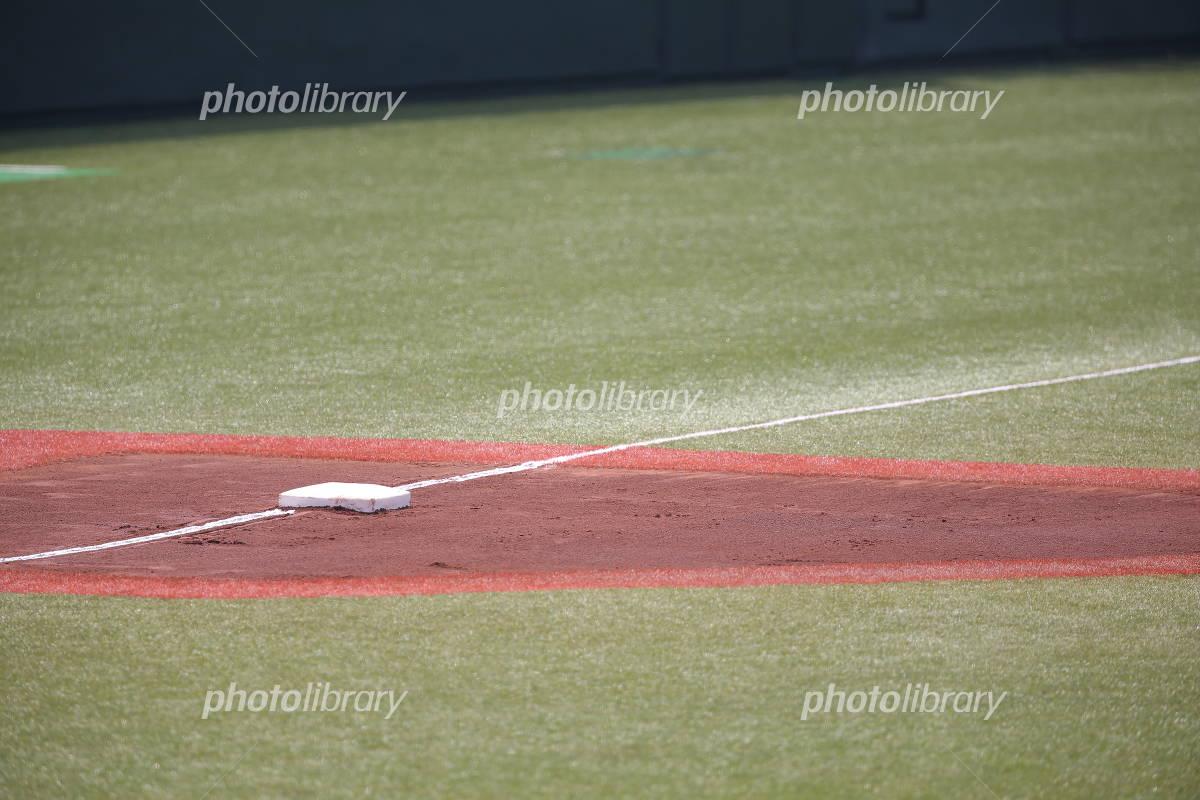 三塁ベース 写真素材 [ 3291596 ] - フォトライブラリー photolibrary