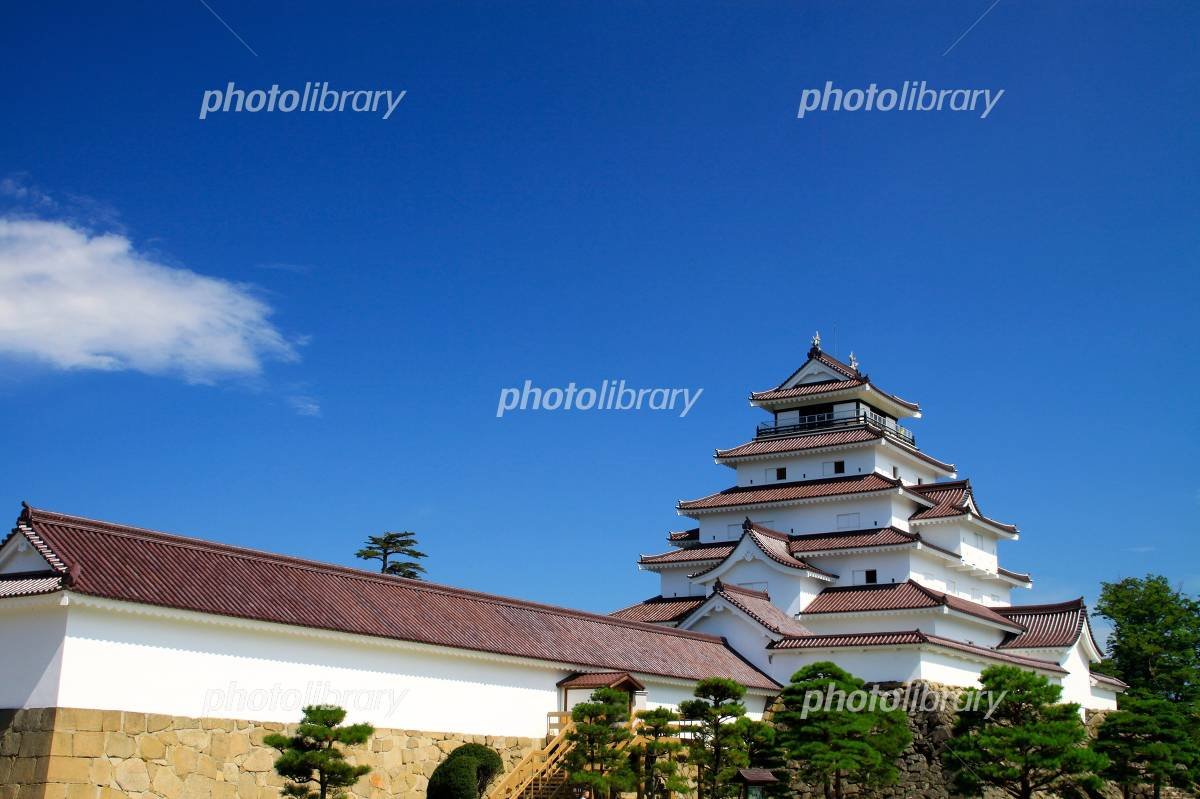 Tsuruga-jo Castle Photo