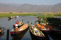 ミャンマーのインレー湖のボート