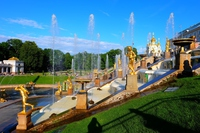 ペテルゴフ宮殿の噴水 fountain of Peterhof Saint Petersburg