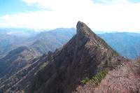 石鎚山 弥山から見た天狗岳